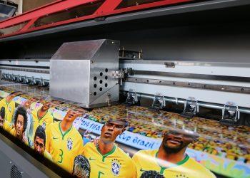 دستگاه چاپ بنر کونیکا